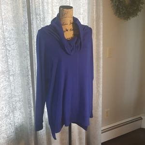 Cable & Gauge blue cowl neck tunic size XL